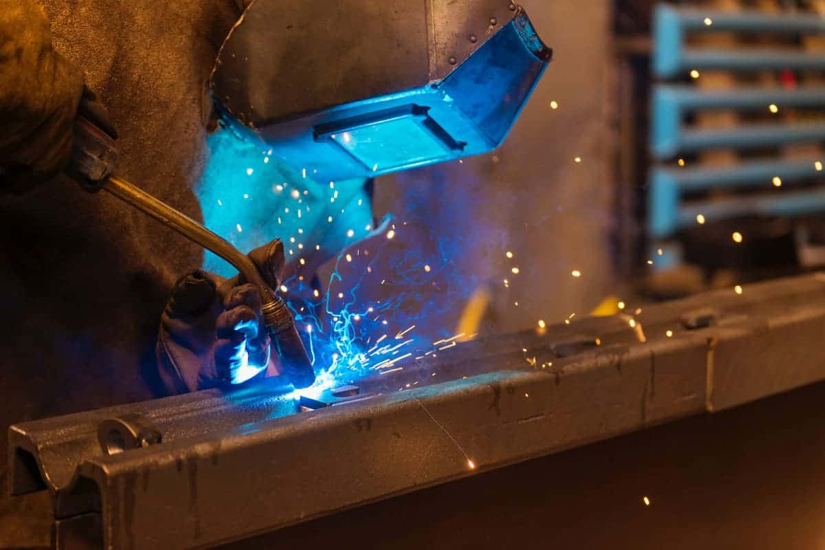 En Power Rent reconocemos la importancia de la soldadura en las industrias, en especial en las labores de mantenimiento.